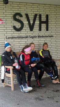 Teilnehmer unserer Trainings und Kurse vor dem Clubhaus des SVH