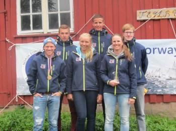Von links nach rechts vorne: Fabian Kirchhoff, Vanessa Manthey, Mareike Wetzig; hinten: Mathias Leitl, Jan Düllmann, Peter Niklas Nagel. Bildrechte Walter Nagel